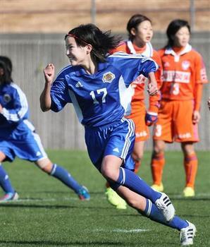北川ひかる サッカー 画像3.jpg